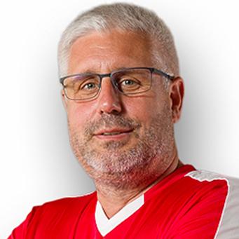 https://handball-goerls.de/wp-content/uploads/2021/06/Jörg_Trainer.jpg